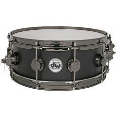 "DW Collector's Maple 14 X 5.5"" Snare Drum - Matt Black - Main"